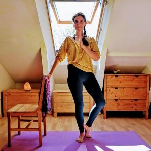 Clases de yoga en silla para todos